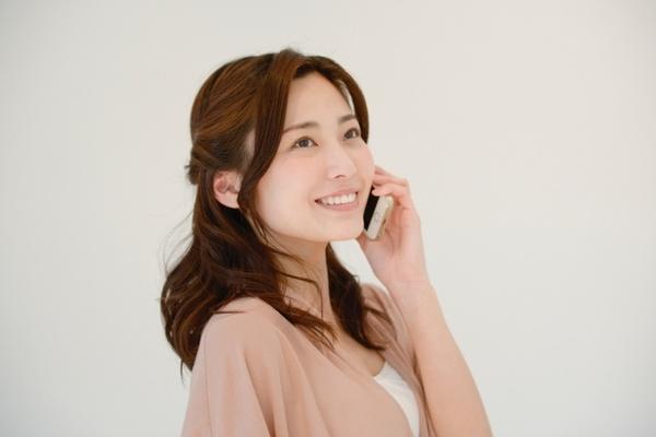 たまには電話で気持ちを伝えてみると、素敵な時間が訪れるかも。