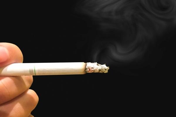 恋人に「タバコをやめて」と伝えたことはありますか?