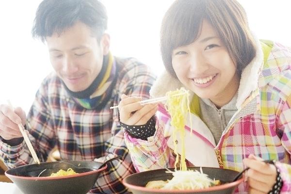 いつも一緒に食べるなら夕食だけで30年間に1万回以上!