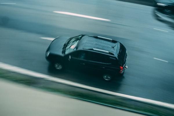 父とのドライブ中、子ども心に誇らしかった助手席でのお手伝いは?