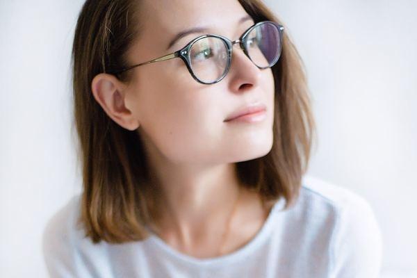 メガネをかけた彼女にグッとこなかった理由は?