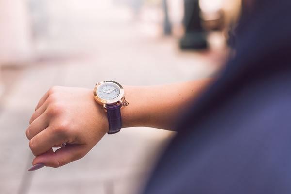 なぜ腕時計をするの?