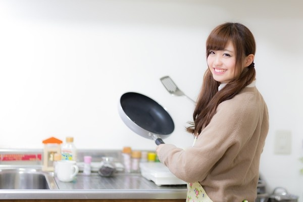 「なんか違う……」 彼女の料理姿にグッとこなかった理由