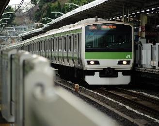 地方出身者が東京の電車に驚くことといえば?