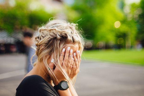 恋愛初期、感情の起伏が激しくなるのはなぜ?