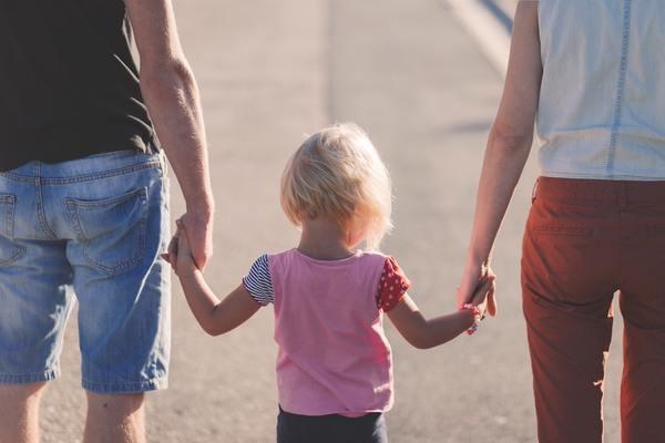 「子どもができると浮気が減る」は本当? 出産前・出産後で男はどう変わるのか